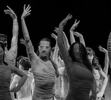 Le Corps du Ballet National de Marseille ©  Alwin Poiana