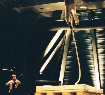 Le Vide - Essai de cirque ©  Perrine Cado